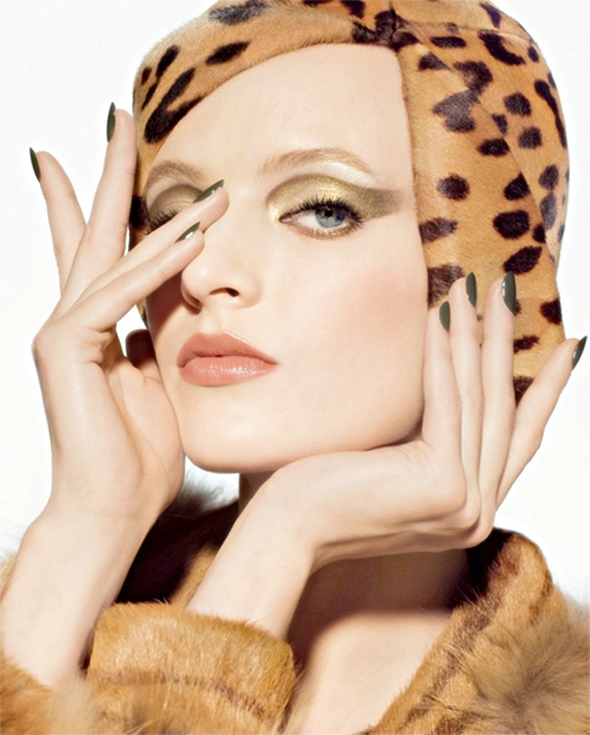 Daria wows as the Face for DIOR'S new GOLDEN JUNGLE!