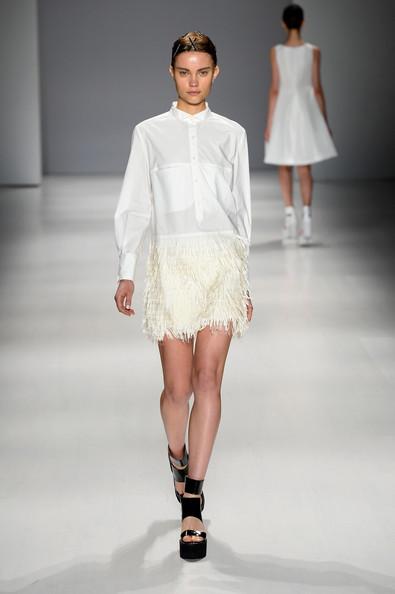 Taoray+Wang+Runway+Mercedes+Benz+Fashion+Week+nIebmSoQqqvl