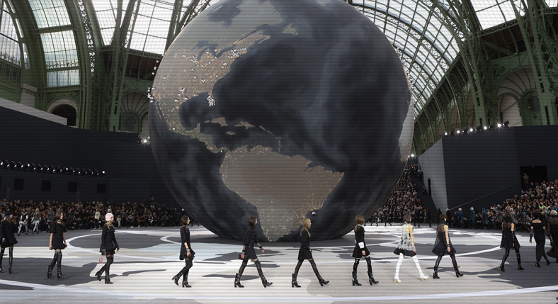 PARIS FASHION WEEK OFF AND RUNNING!
