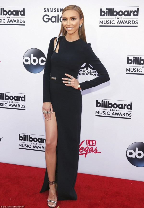 28CB991800000578-3070583-No_need_to_call_the_Fashion_Police_Giuliana_Rancic_was_one_of_th-m-5_1431901703241
