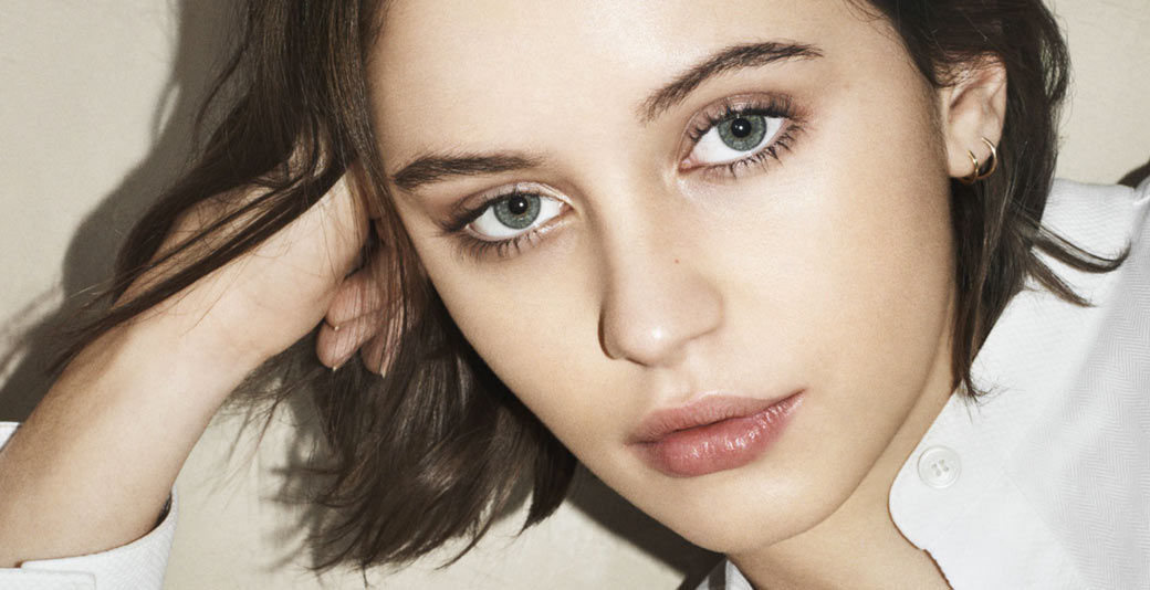 Iris Law faces the new Burberry makeup campaign
